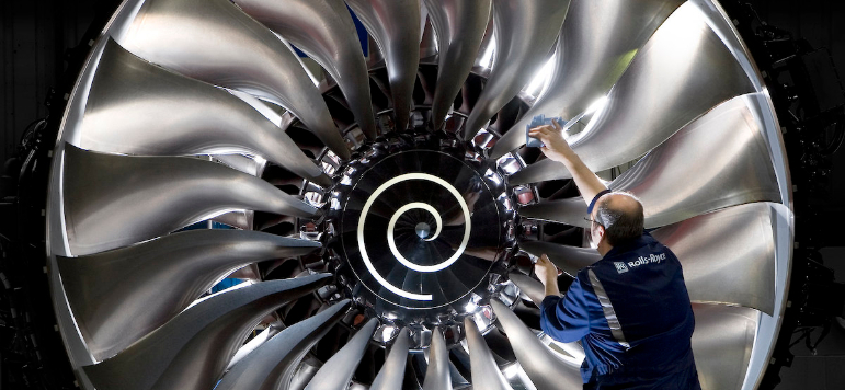 Photo of FTSE 100 swings back to the green; Rolls-Royce to sack 15% of staff