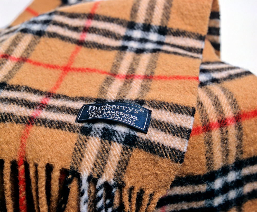Photo of Burberry profits drop as it takes coronavirus hit but sees some green shoots in Asia