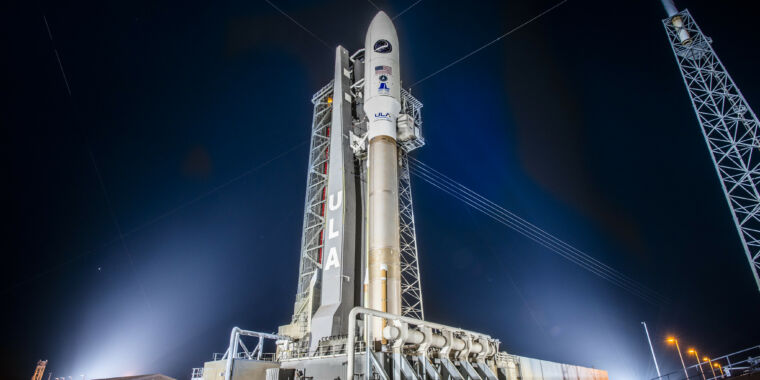 Photo of An Atlas V rocket may launch a military space plane Saturday morning