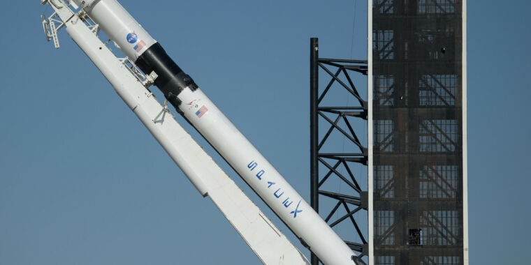 Photo of NASA declares that SpaceX is ready to fly its first crewed mission