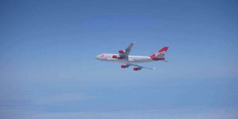 Photo of Virgin Orbit loses its first rocket shortly after engine ignition