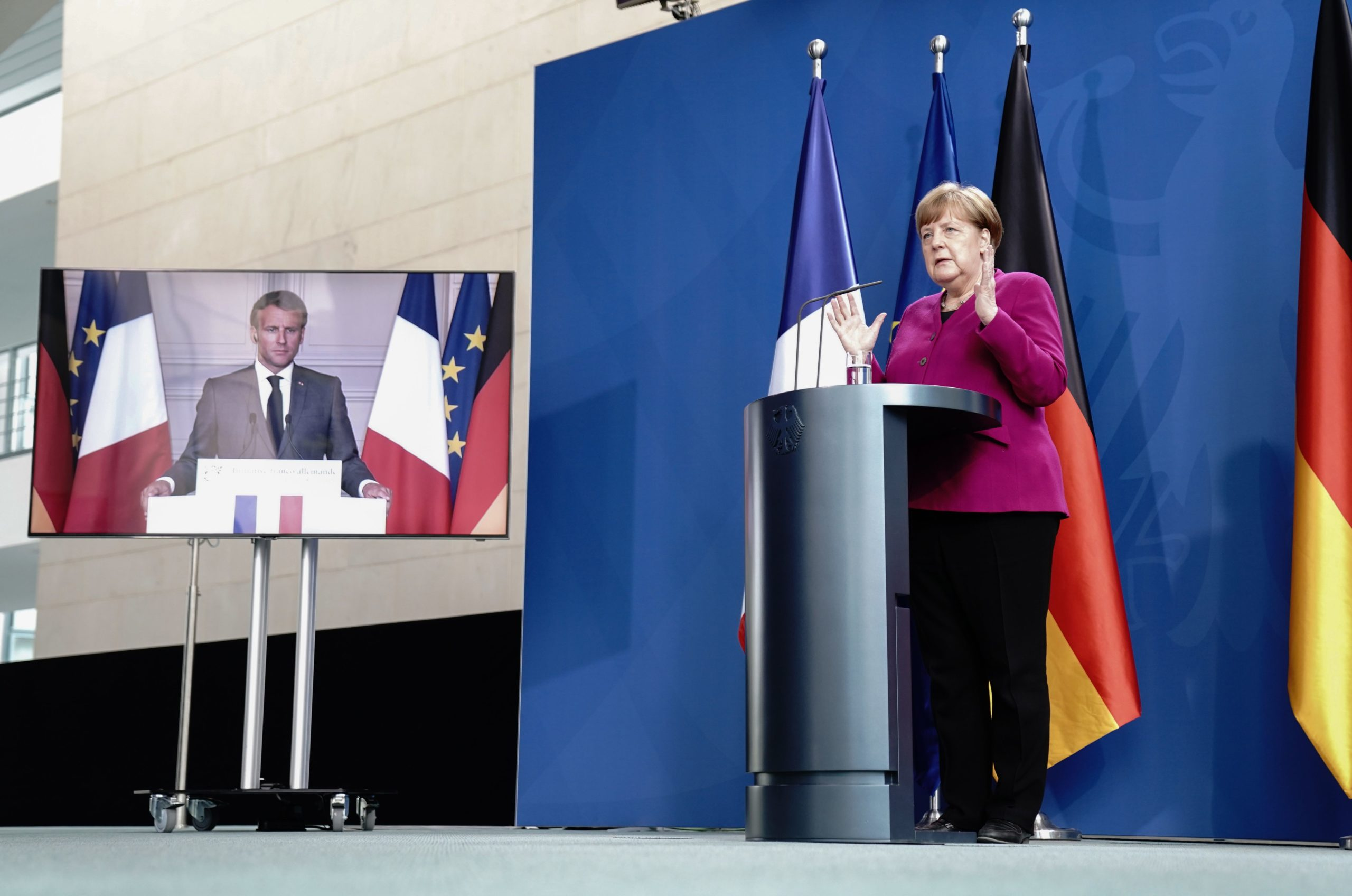Photo of Macron and Merkel defy Brussels with push for industrial champions