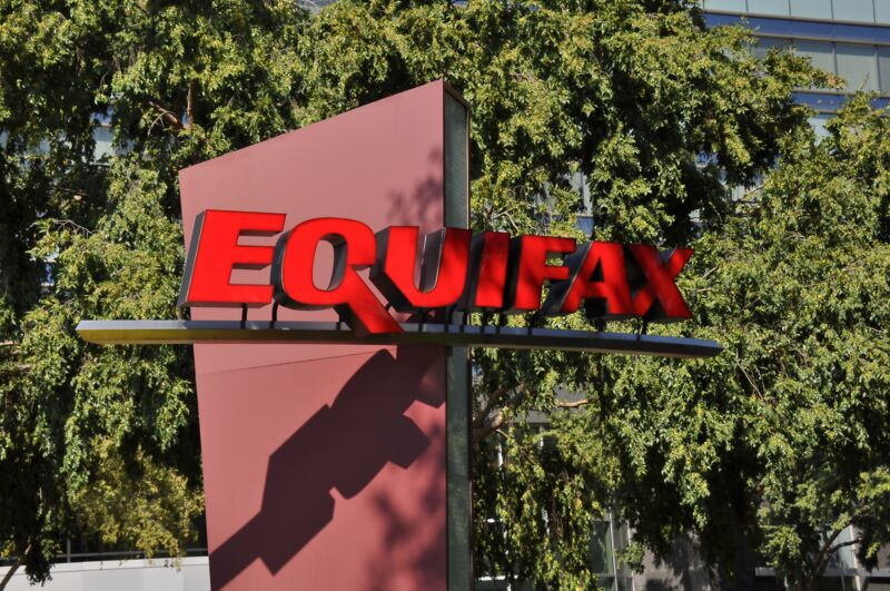 Photo of Your Equifax settlement $125 isnt coming, but banks get their $5.5M