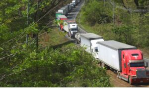 Photo of Nicaragua-Costa Rica CCP Virus Dispute Stalls Hundreds of Trucks at Border