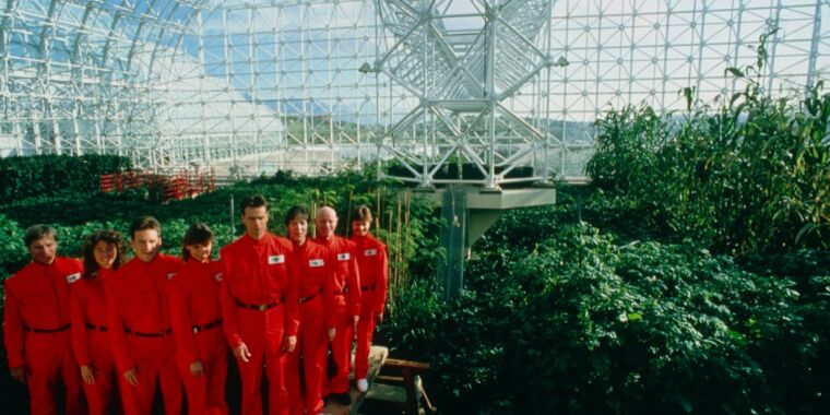 Photo of Review: Revisit the controversial Biosphere 2 project with Spaceship Earth