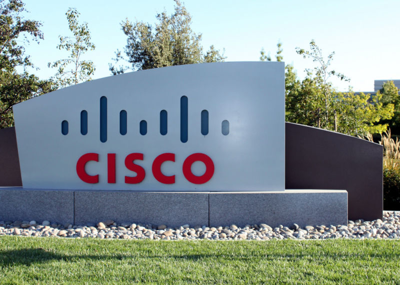 Photo of Cisco security breach hits corporate servers that ran unpatched software
