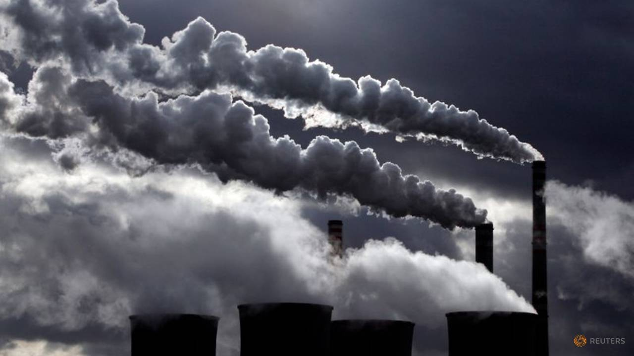 Photo of Global CO2 emissions could fall by up to 7% this year amid pandemic: Research