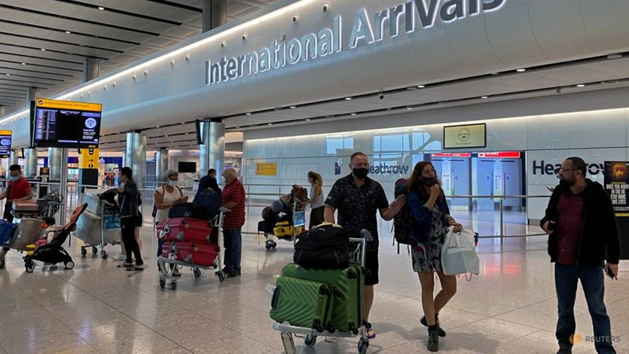 Photo of UK set to outline quarantine measures for international arrivals
