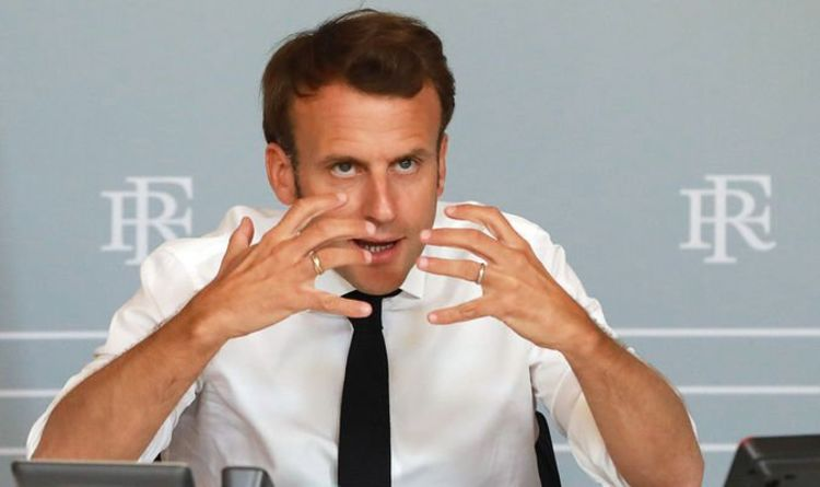 Photo of Macron splits from Brussels over fisheries