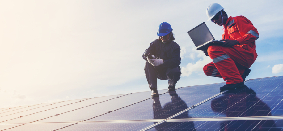 Photo of Regency Mines acquires stake in UK energy storage and solar developer
