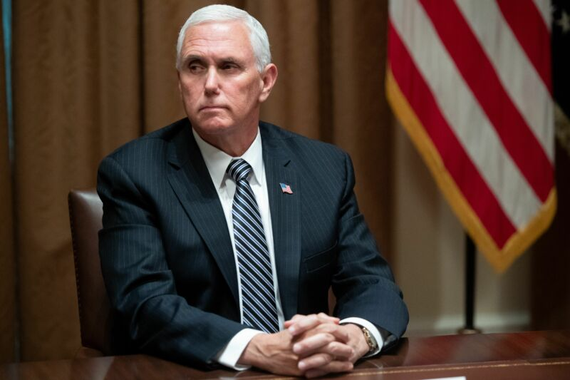 Photo of As COVID-19 cases increase, Pence blames prevalence of testing