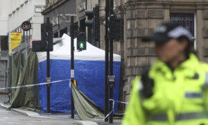 Photo of Police in Scotland Name Suspect in Glasgow Stabbings