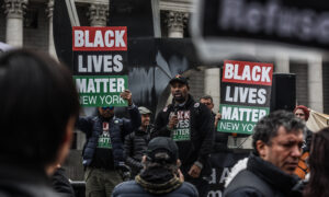 Photo of Black Lives Matter Network Disavows Local Organizer After Incendiary Comments