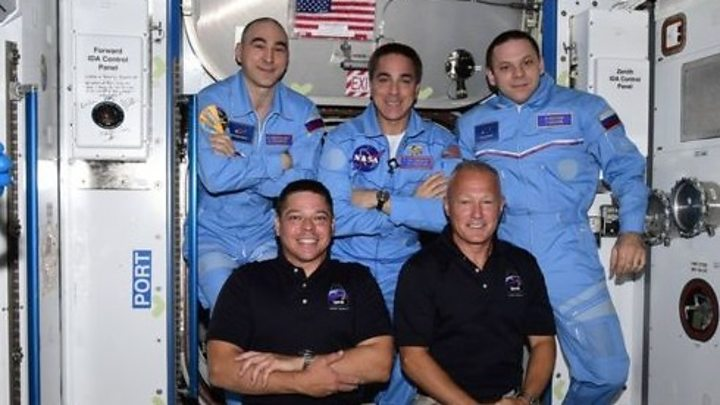 Photo of SpaceX Nasa Mission: Astronauts on historic mission enter space station