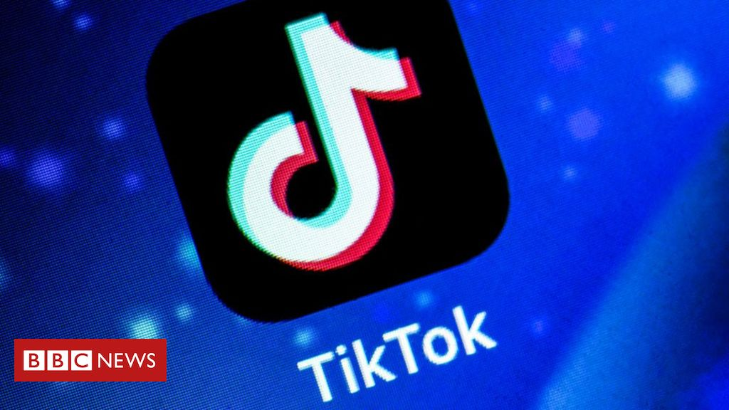 Photo of TikTok to exit Hong Kong 'within days'
