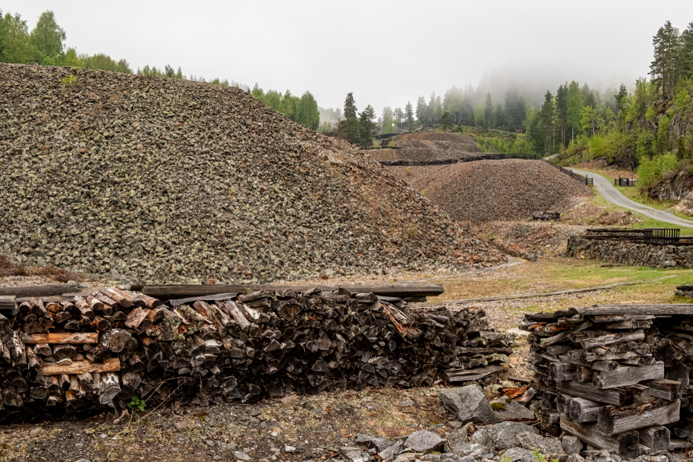 Photo of Ariana Resources rises after buyer formally commits for asset acquisitions