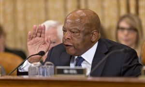 Photo of Trump Orders Flag at Half-Staff to Honor the Late Rep. John Lewis