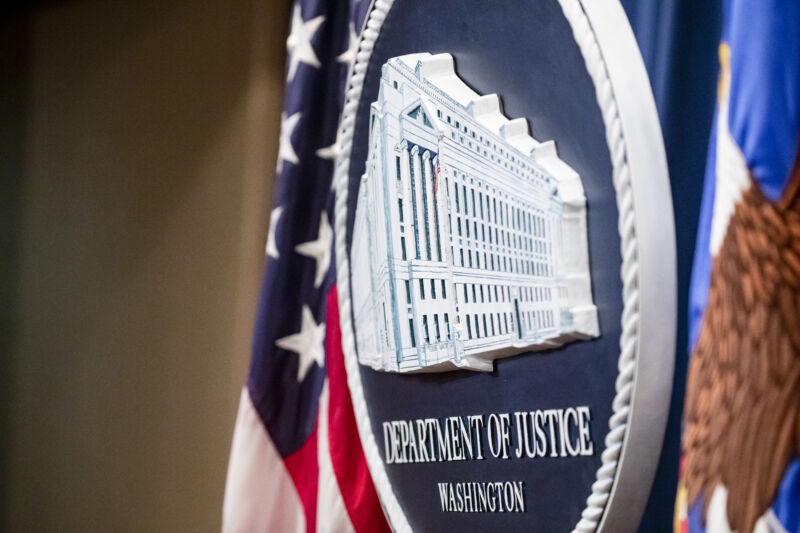 "Photo of DOJ: Chinese hackers stole ""hundreds of millions of dollars"" of secrets"