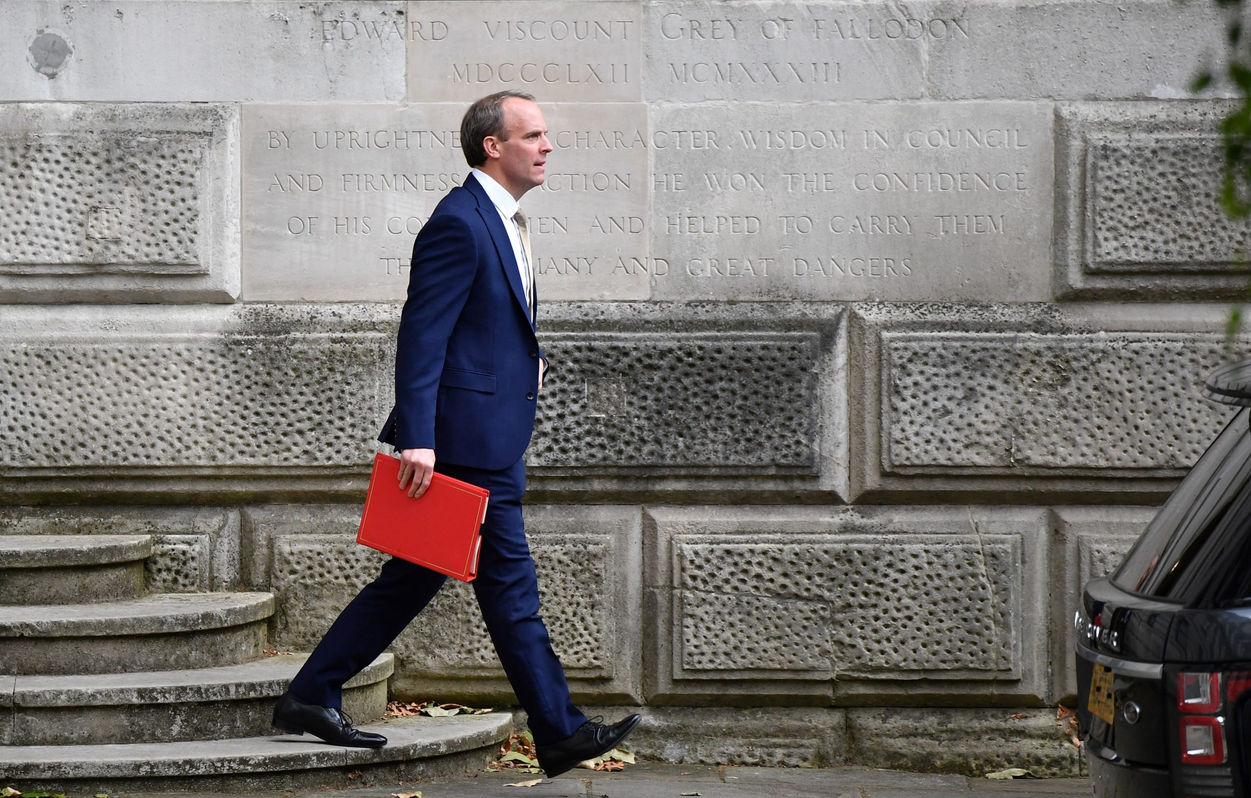 Photo of Dominic Raab: Russians tried to interfere in UK general election