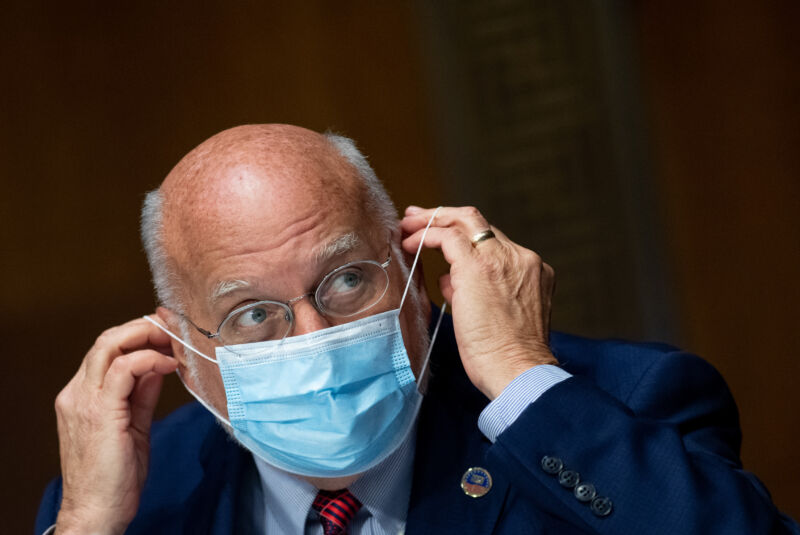 Photo of As pandemic rages out of control, CDC head warns of darker times this fall