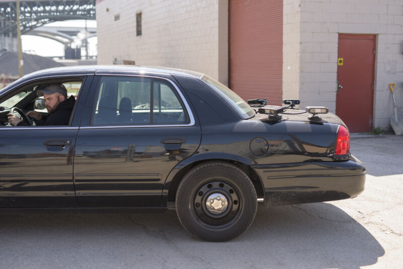 Photo of CBP does end run around warrants, simply buys license plate-reader data