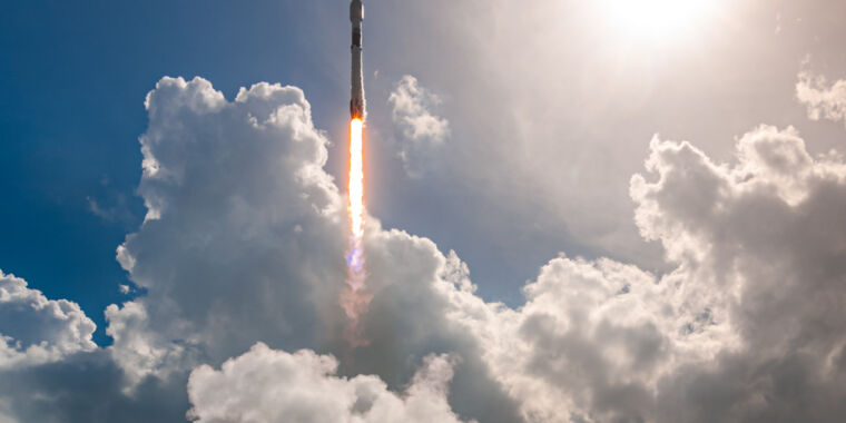 Photo of Even amidst a pandemic, SpaceX is launching more than ever