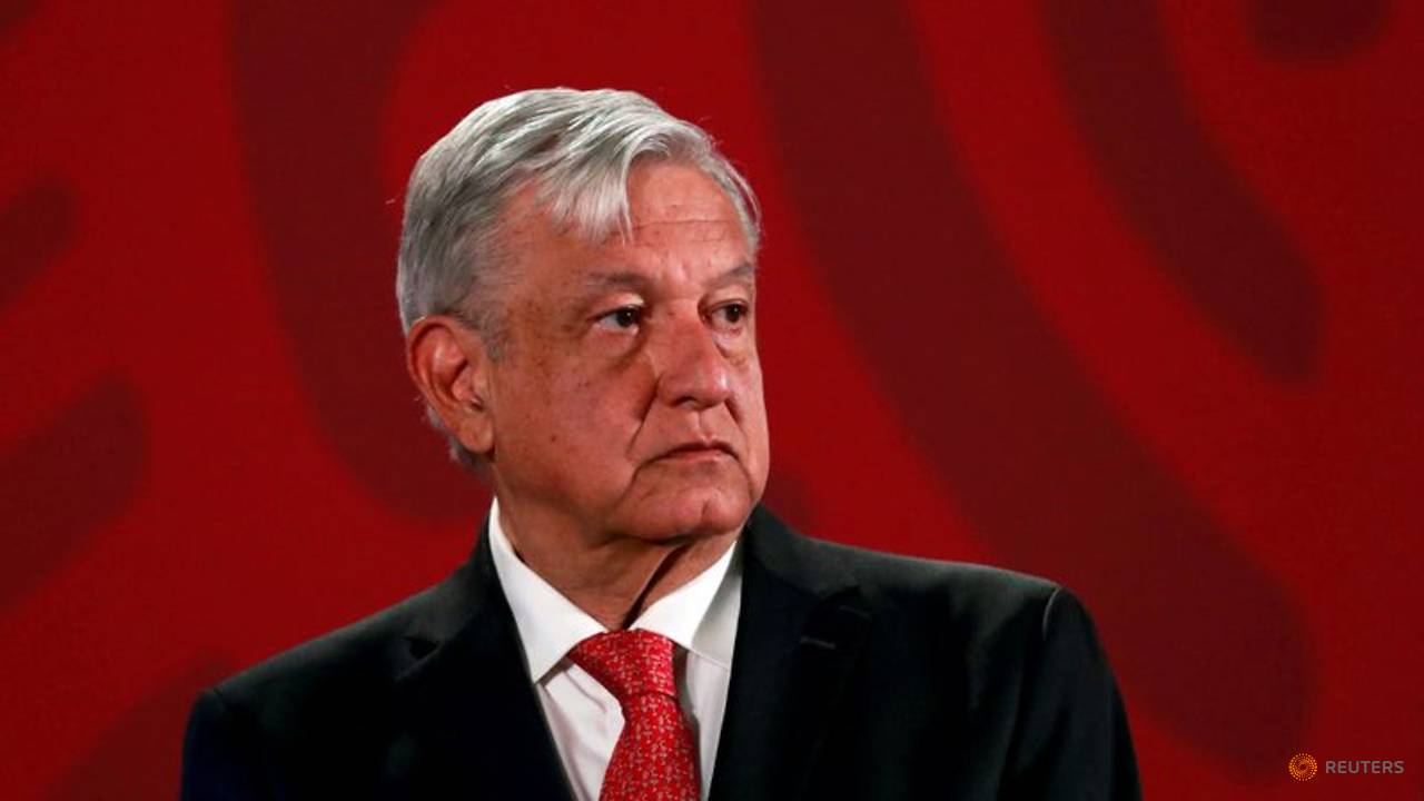 Photo of Mexican president sticks to no-war approach after shocking cartel video