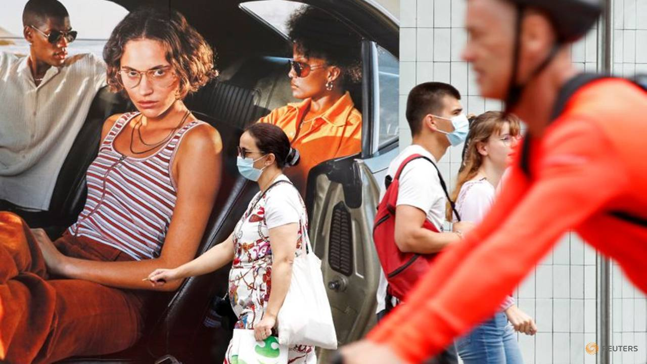 Photo of 'It makes sense': French shoppers take compulsory face masks in their stride