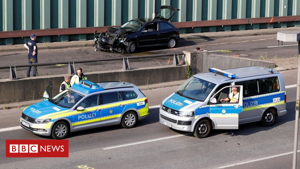 Photo of Berlin motorway crashes probed as terror attack