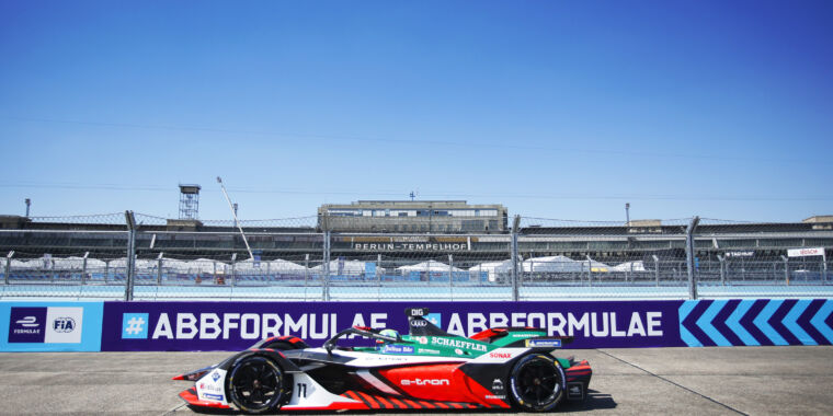 Photo of Formula E returns today with the first of six races in nine days