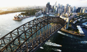 Photo of Woman Dies in Sydney Harbour Bridge Crash, Causing Peak Hour Chaos With All Lanes Closed.