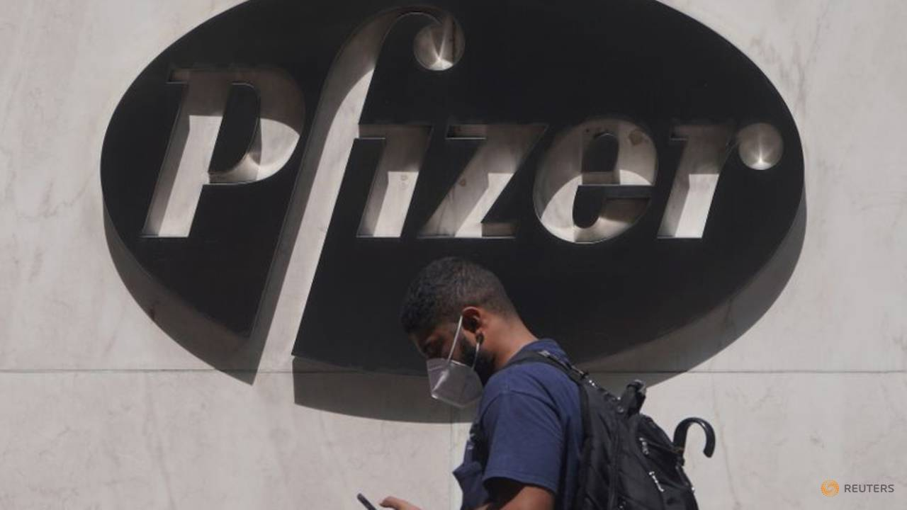 Photo of Pfizer signs deal to manufacture Gilead's remdesivir for COVID-19