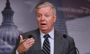 Photo of Sen. Lindsey Graham Says Hes Voting to Reelect President Trump