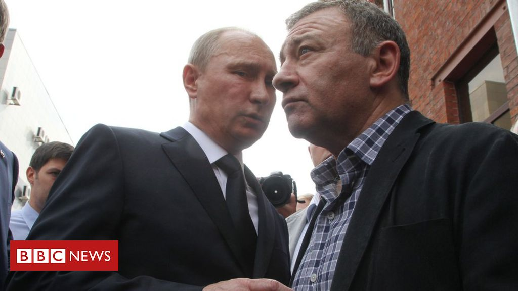 Photo of FinCEN Files: Sanctioned Putin associate laundered millions through Barclays