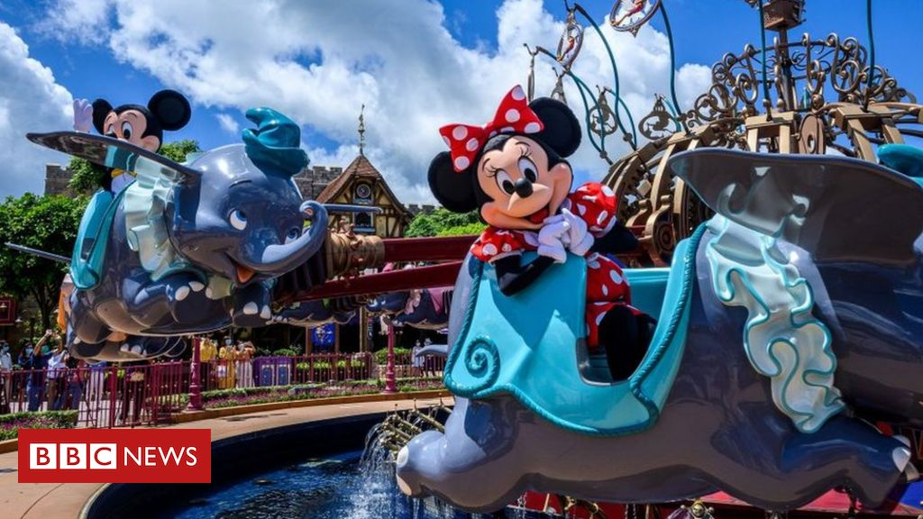Photo of Disney lays off 28,000 at US theme parks