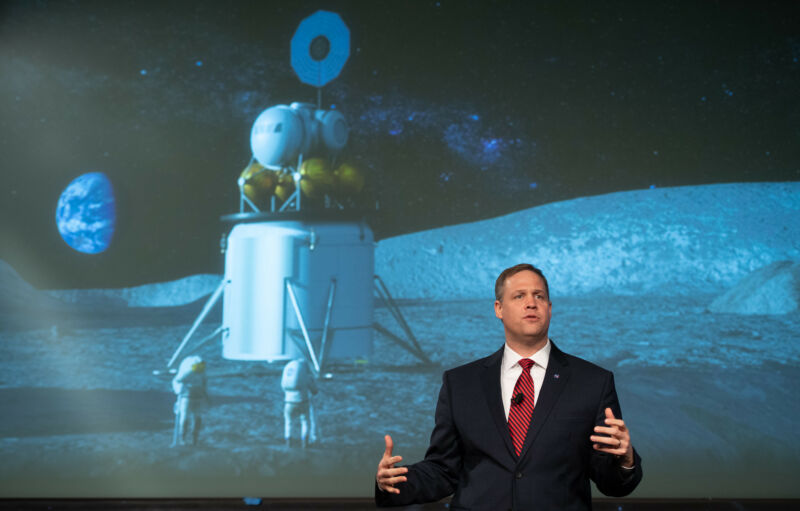 Photo of NASA wants a big budget increase for its Moon plans. Is Congress biting?
