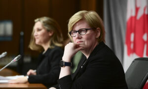 Photo of COVID-19 Benefits Boost May Snag NDP Support for Throne Speech