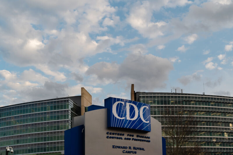 Photo of CDC dramatically restores COVID-19 testing advice marred by political meddling