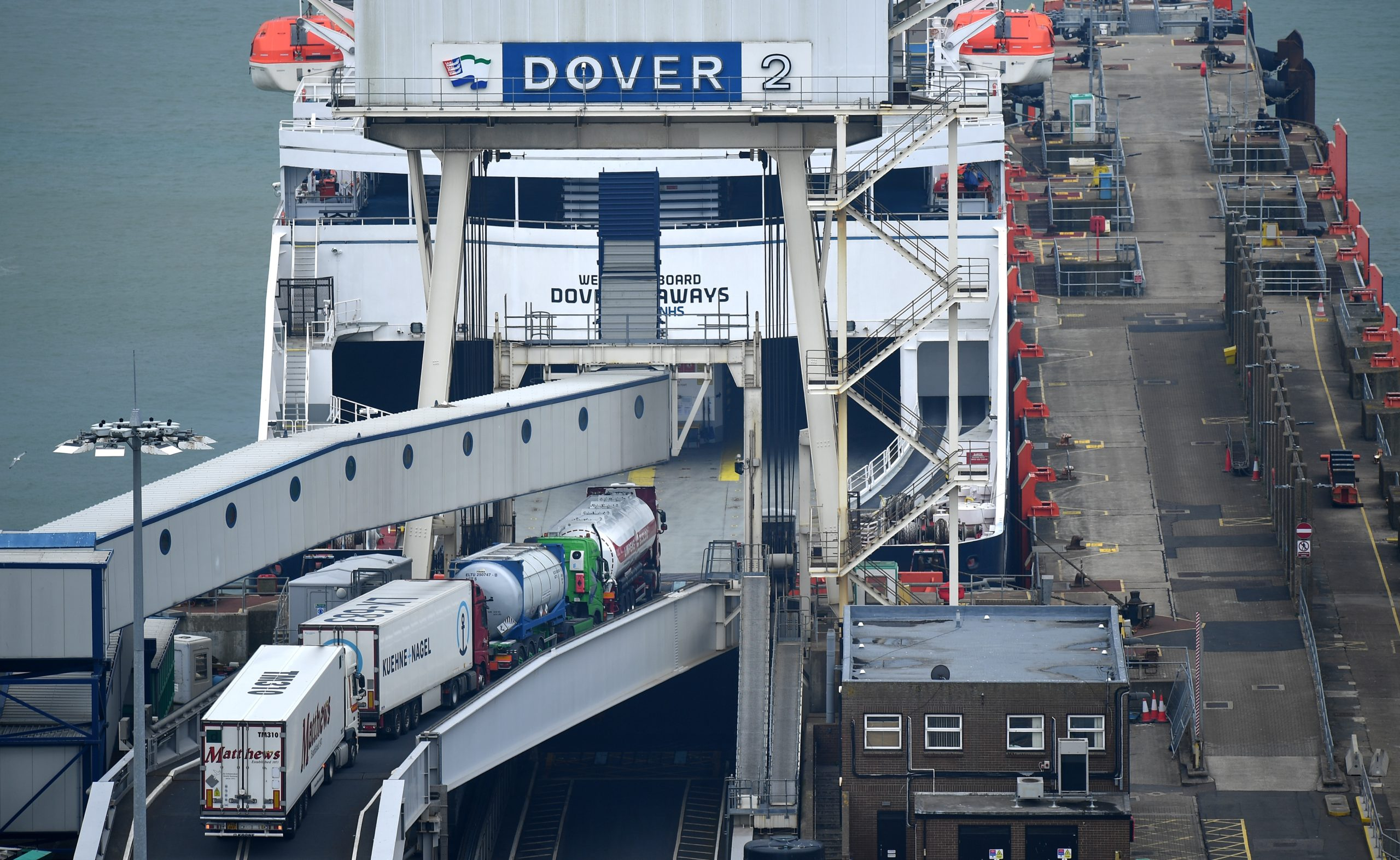 Photo of 7,000 trucks could be stuck at Dover for two days after Brexit transition