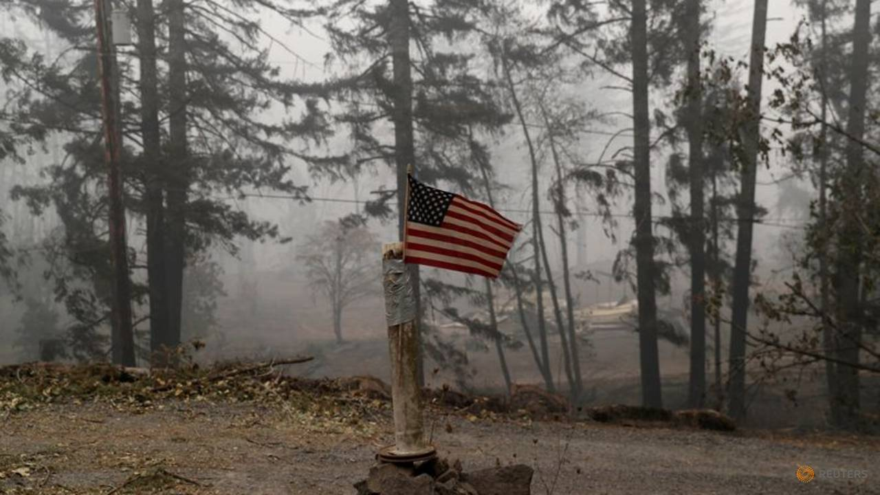 Photo of Explainer: How this year's destructive US West wildfire season came to be