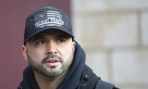 Photo of Facebook Removes Accounts of Patriot Prayer, Leader Joey Gibson