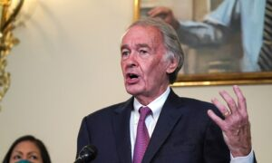 Photo of Sen. Markey Vows to Do Everything in My Power to Stop Trumps SCOTUS Pick