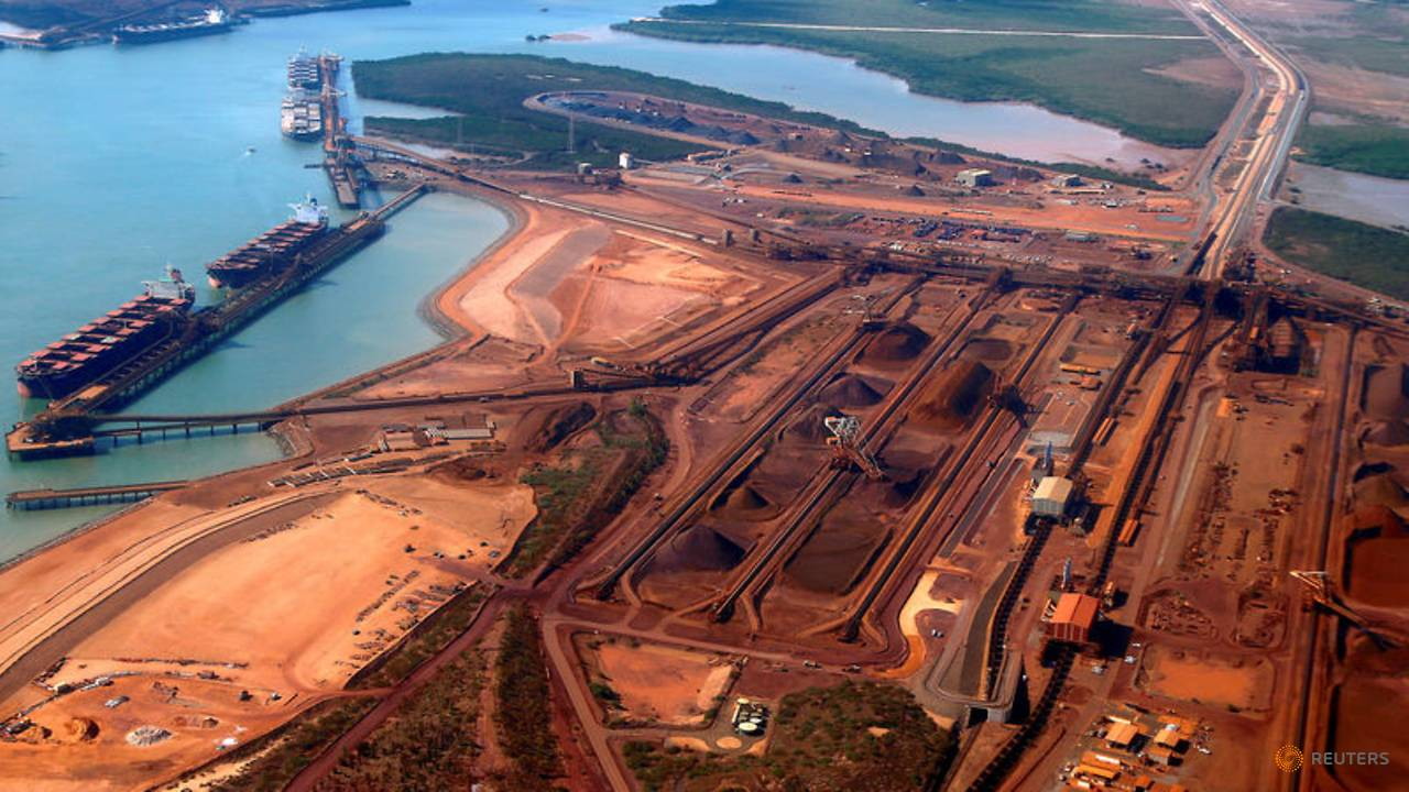 Photo of Australia sends troops to help contain COVID-19 on ore ship near Port Hedland