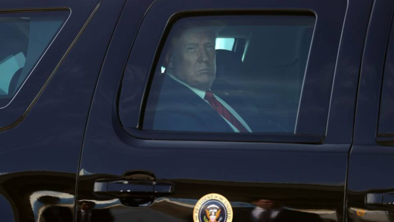 Photo of Trump heads to Nevada on campaign trip to woo supporters, raise cash
