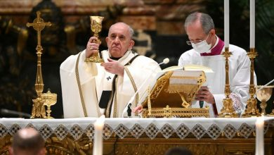 Photo of Pope Francis demands West share Covid jabs with poorest countries – 'Vaccines for all'