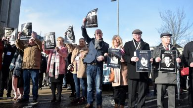 Photo of Hundreds gather to support Bloody Sunday and Hegarty families