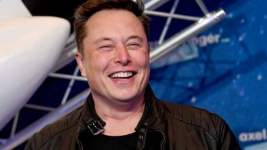 Photo of ELON MUSK SAYS APPLE'S APP STORE FEES ARE A 'GLOBAL TAX ON THE INTERNET' AND SIDES WITH FORTNITE DEVELOPER EPIC